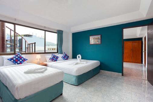 Simple Boutique Seabreeze Hotel - Patong - Bedroom