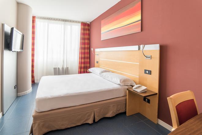 Idea Hotel Milano San Siro - Milano - Makuuhuone