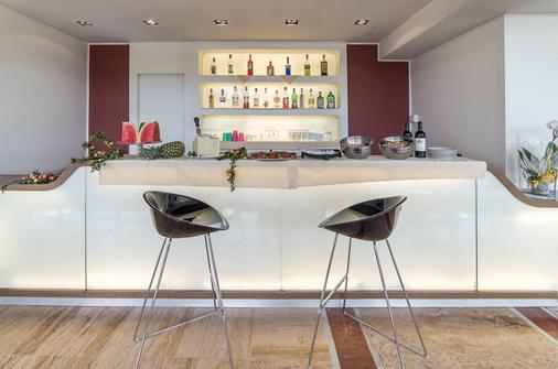Idea Hotel Milano San Siro - Milan - Bar