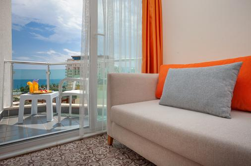 Golden Orange Hotel - Antalya - Balcony