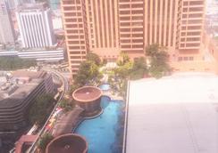Berjaya Times Square Hotel, Kuala Lumpur - Kuala Lumpur - Pool