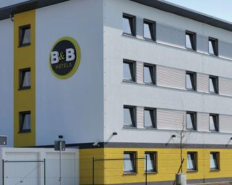 B&B Hotel Baden Airpark - Rheinmunster - Building