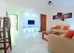 Habana Y Mar - Havana - Living room