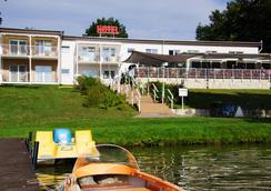 Hotel am Untersee - Bantikow - Outdoors view