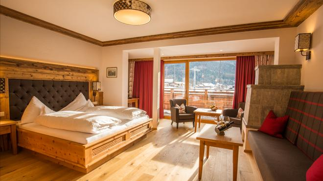 Romantik Hotel Spielmann - Ehrwald - Bedroom