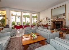 Albergo Ristorante Tre Re - Como - Sala de estar