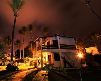 Windtown Beach Hotel - Cumbuco - Building