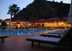 Hotel Oludeniz - Ölüdeniz - Bể bơi