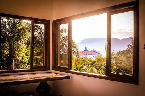Hostel Da Vila Ilhabela - Ilhabela - Living room