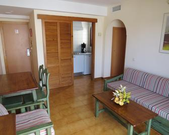 Surfing Playa - Santa Ponsa - Living room