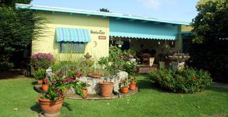 Hidden Eden Aruba - Oranjestad - Building