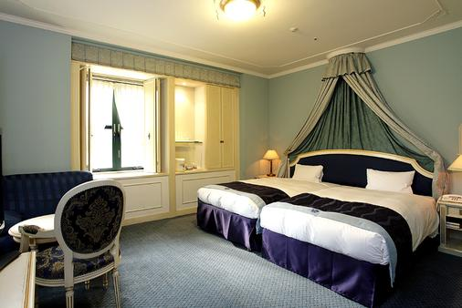 Hotel Monterey Osaka - Osaka - Bedroom