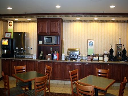 Country Inn & Suites St. Paul, NE - Saint Paul - Ruoka