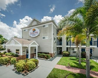 Tampa Bay Extended Stay Hotel - Largo - Building