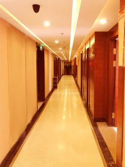 Yinchuan Shengshi Garden Hotel - Yinchuan - Hallway