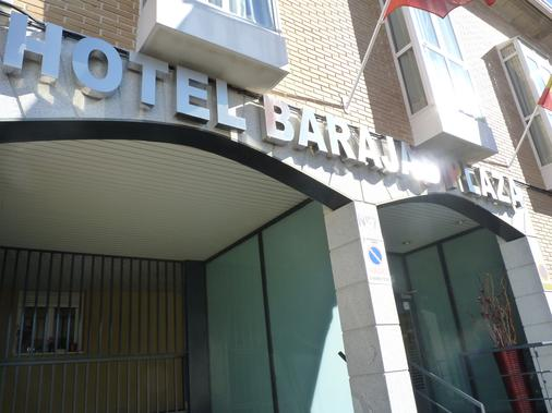 Hotel Barajas Plaza - Madrid - Building