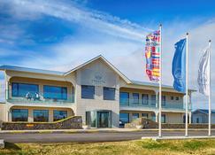 Stracta Hotel - Hella - Building