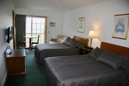 Lakeside Resort - Watkins Glen - Bedroom