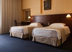 Mayflower Hotel - Beirut - Schlafzimmer