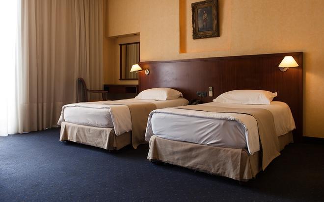 Mayflower Hotel - Beirut - Habitación