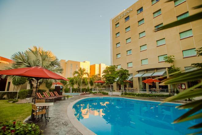Hotel Lucerna Hermosillo - Hermosillo - Vista del exterior