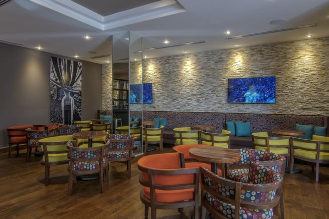 華雷斯城盧魯斯那酒店 - 華雷斯城 - 華雷斯 - 酒吧