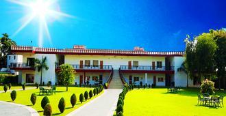 Aapno Ghar Resort - Gurgaon - Κτίριο