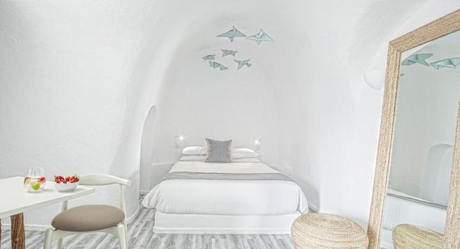米爾典雅套房酒店 - 聖托里尼 - 費羅史戴芬妮 - 臥室
