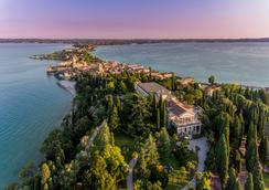 Villa Cortine Palace Hotel - Sirmione - Outdoors view