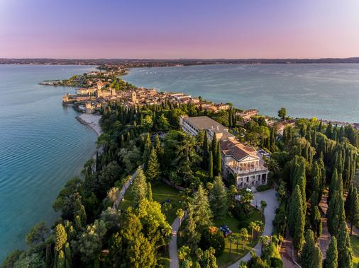 Villa Cortine Palace Hotel - Sirmione - Building