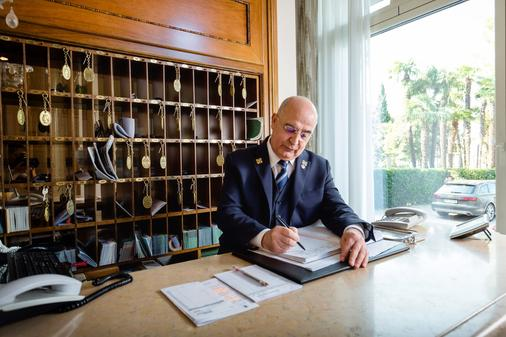 Villa Cortine Palace Hotel - Sirmione - Front desk