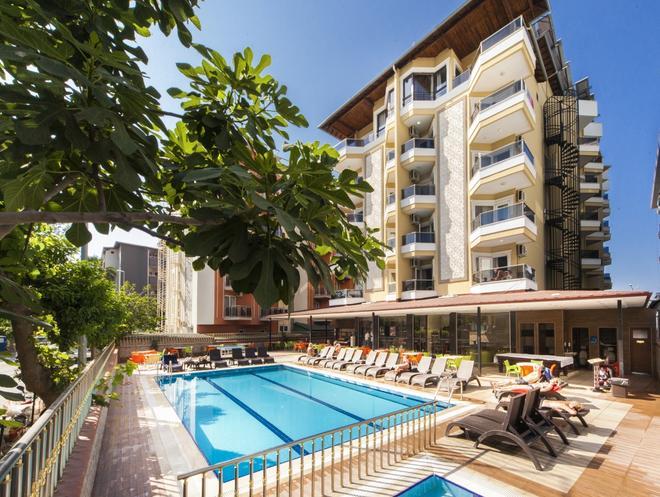 Kleopatra Ada Beach Hotel - Alanya - Pool