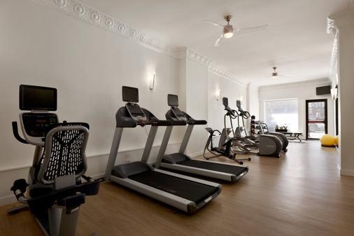 Hotel Versey Days Inn by Wyndham Chicago - Chicago - Gym