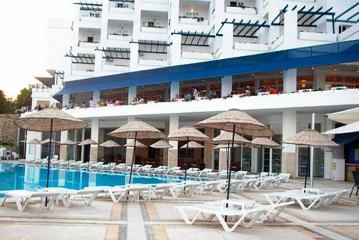 Mavi Kumsal Hotel - Bodrum - Piscine