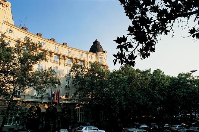 Hotel Ritz Madrid - Madrid - Building