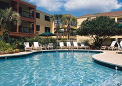 Courtyard by Marriott Orlando Lake Buena Vista at Vista Centre - Orlando - Uima-allas