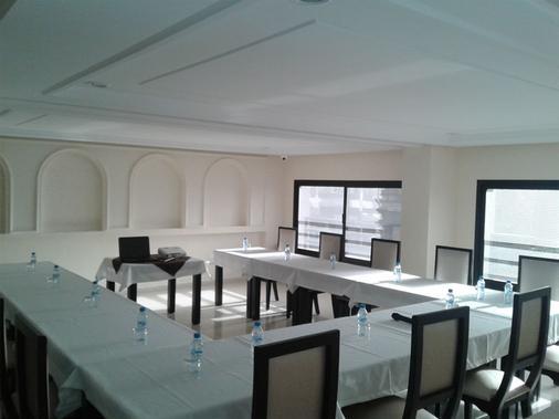 Hotel Al Akhawayn - Oujda - Meetingraum