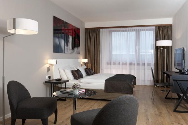 梅斯斯圖加特機場溫德姆酒店 - 斯圖加特 - 斯圖加特 - 臥室
