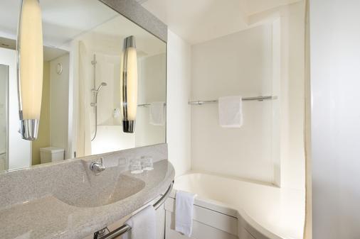 Mercure Hotel Düsseldorf Airport - Ratingen - Bathroom