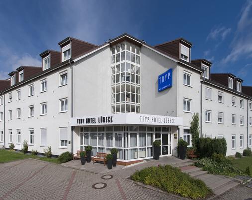 Tryp By Wyndham Lübeck Aquamarin - Lübeck - Building