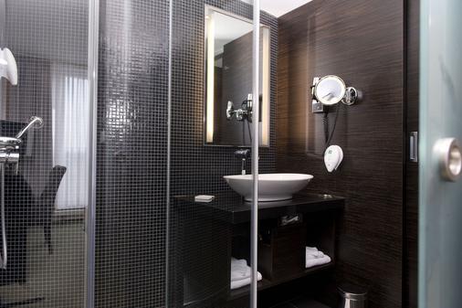City Hotel Dresden Radebeul - Radebeul - Bathroom