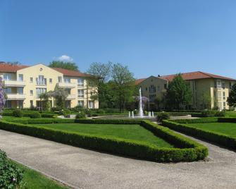 City Hotel Dresden Radebeul - Radebeul - Gebouw