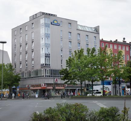 Grand Hostel Berlin Urban - Berlin - Building