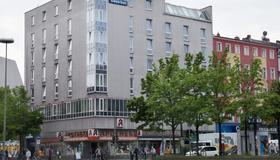 Grand Hostel Berlin Urban - Berlim - Edifício