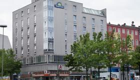 Grand Hostel Berlin Urban - Berliini - Rakennus