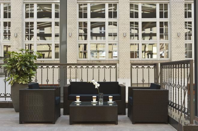 柏林米特溫德姆花園酒店 - 柏林 - 柏林 - 陽台