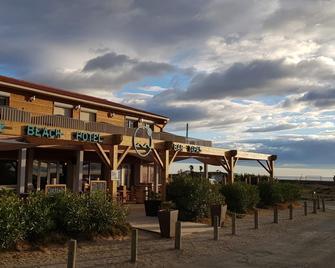 Sunrise Beach Hotel - Gruissan - Gebäude