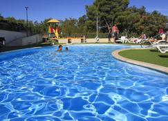 Blue Waves Resort - Malinska - Svømmebasseng