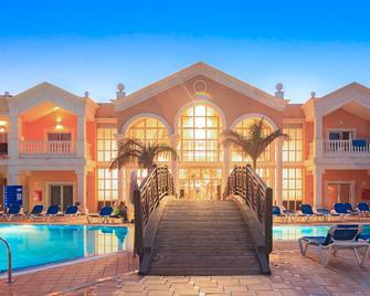 Coral Cotillo Beach - El Cotillo - Edificio