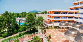 Uzhnoe Vzmorie Health Resort - Sochi